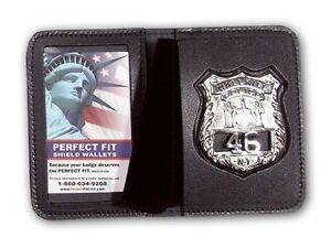"Duty Leather book Style Badge and I D case fits small 7pt. star, 2.65"" x 2.5"""