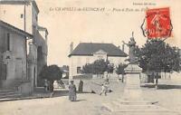 CPA 71 LA CHAPELLE DE GUINCHAY PLACE ET ECOLE DES FILLES