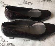 HOTTER Comfort Concept Enchant UK 7 EE Wide Brown Croc Print Leather Court Shoes