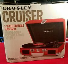 CROSLEY CRUISER CR8005A-RE PORTABLE 3-SPEED TURNTABLE-RECORD PLAYER WITH RECORD