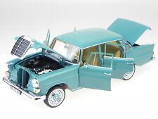 Mercedes W110 200 Heckflosse green diecast modelcar 183577 Norev 1:18