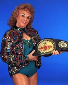 FABULOUS MOOLAH 8X10 PHOTO WRESTLING PICTURE WWF WITH BELT
