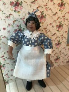 DOLLS HOUSE 12TH SCALE  LADY FIGURE COOK HANDMADE