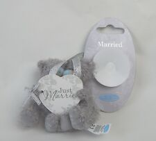 TATTY TEDDY JUST MARRIED WITH SUCKER FOR CAR WINDOW