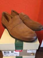 BRAND NEW Clarks Size 9 Mens Loafer Style Tobacco Suede Apron toe