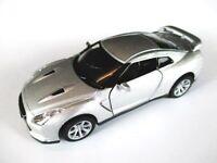 Nissan GT R R35,2012 Modellauto 1:32 diecast model car Kinsmart,silber