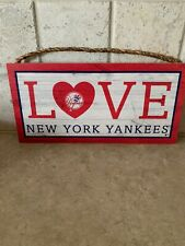 MLB NEW YORK YANKEES WOODEN LOVE SIGN WITH ROPE