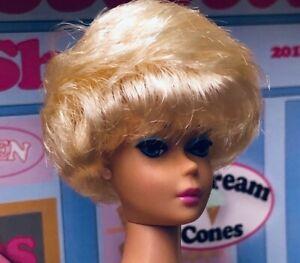 Barbie VINTAGE REPRO Platinum Blonde  BUBBLE CUT DOLL. BubbleGum Pink Lips SL