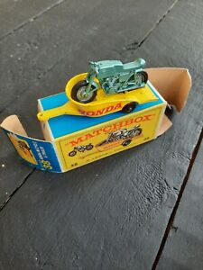 Matchbox Series - No.38 (C) Honda M/Cycle+ Trailer (E4 Box) - 1967.