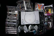 Playstation 1: Konsole mit Spielen, Controller, Memory-Card und Kabel