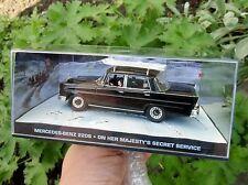 007 JAMES BOND Mercedes Benz 220 S Fintail Majesty´s Secret 1:43 BOXED CAR MODEL