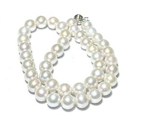 """Mirror Luster Edison White Round 9 - 10.5mm Cultured Round Pearl 18"""" Necklace"""