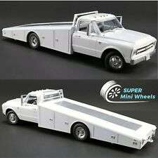 ACME 1:18 - 1967 Chevrolet Ramp Truck C-30 White