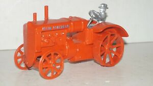"""Vintage Cast Iron ALLIS CHALMERS """" REG """" 1/16 Scale Farm Tractor with Driver"""