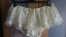 Pretty Lemon Lacy Skirted Panties / Pettipants Sissy CD TV