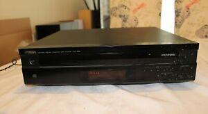 Yamaha Compact CD Player CDC-585.    5 CD changer