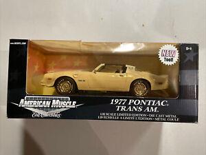 1/18 ERTL AMERICAN MUSCLE WHITE 1977 PONTIAC TRANS AM -see Pics!!