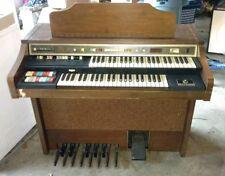 ( Vintage ) 1970-1980 Hammond Spinet Organ.