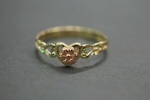 10K Solid Yellow Gold Two Tone Heart With Rose Baby Children Kid Ring. Size 3.5