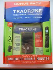 Black Flip Cell Phone Tracfone set Motorola W260g w/extras