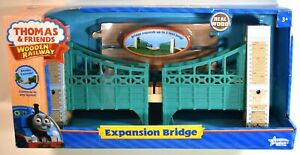 THOMAS & FRIENDS WOODEN RAILWAY EXPANSION BRIDGE by LEARNING CURVE 2010 ~ MIP!