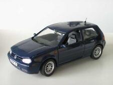Revell VW Golf IV GTI bleu 1:18 limitée 1/700