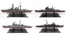 Bateaux miniatures en plastique en guerre