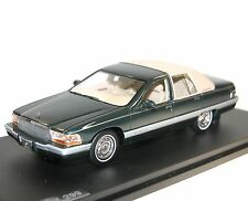 Great lighting models GLM 106902, Buick Roadmaster, 1994, VERDE MET./Beige, 1/43