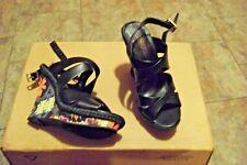 womens cosmopolitan darah black floral printed wedge heels shoe size 8