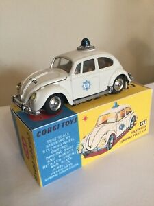 Corgi Toys 492 Volkswagen VW 1200 European Police Car Dutch Politie Version
