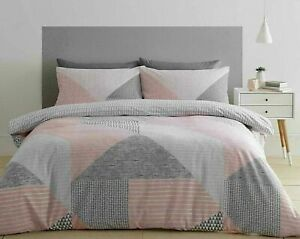 Catherine Lansfield Larsson Geo Duvet Quilt Cover Blush Pink Grey Bedding Set