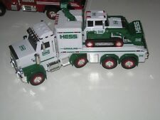 2013 HESS COLLECTIBLE TOY TRUCK & TRACTOR REAL HEAD & TAIL LIGHTS WITH FLASHERS