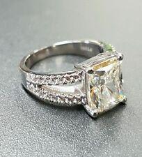 Platinum Band Fine Diamond Rings