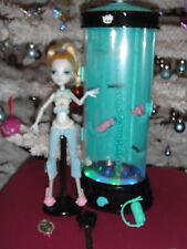 ✿● Mattel Monster High : Lagoona Blue : Hydration Station & Dead Tired Doll