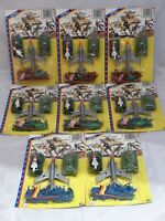 Set mit 8 Packungen Vintage Mini Plastik-Soldaten (H: ca 26mm) & Fahrzeugen