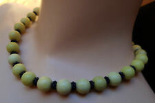 Vintage Jade Collier grün gelb schwarz Kette - yellow green lemon jade necklace