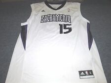 ADIDAS REVOLUTION 30 NBA SACRAMENTO KINGS DEMARCUS COUSINS JERSEY SIZE XL