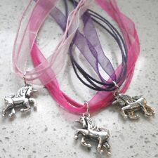 LOT de 3 COLLIERS RUBAN et CORDON FUCHSIA/ROSE/VIOLET PENDENTIF LICORNE UNICORN