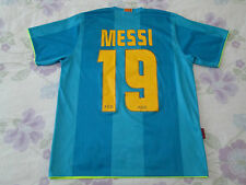 Barcelona football shirt size S number 19 Messi