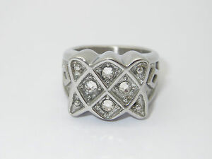 """CREMATION JEWELLERY LADIES URN RING """"CELTIC KNOT, IRISH"""" SOLID & CHUNKY RING"""