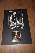 THE CLASH Joe Strummer (+ 2002) signed Autogramm 20x30 cm Passepartout InPerson