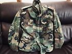 VINTAGE U.S. ARMY COLD WEATHER FEILD JACKET !  CAMOUFLAGE !   SMALL REGULAR