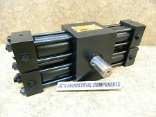 Parker  hydraulic rotary  actuator  HTR7.5-1858C-DH63V-C  185 deg  28 mm shaft