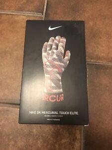 Nike GK Mercurial Touch Elite Goalkeeper Soccer Gloves Sz 9 GS3889-100