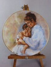 Collector Plate / Laura & Child / Marian Carlsen / Mother's Day / Limoges / 1975