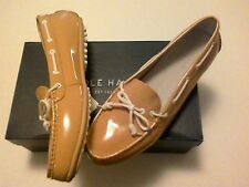 NWOB Cole Haan GRAND.OS Womens  nude beige patent leather boat shoes US Sz 6.5M