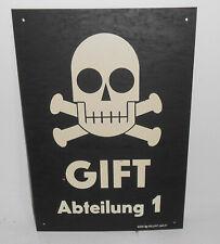 DDR Kunststoff Schild Totenkopf Gift Abteilung 1 Vintage Loft Deko !