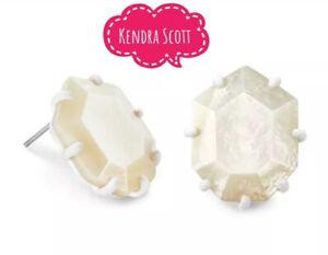 NWT Kendra Scott Morgan Matte White Stud Earrings in Ivory Mother Of Pearl Mop