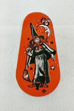 VINTAGE HALLOWEEN NOISE MAKER WITH PLASTIC HANDLE WITCH