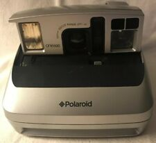 Polaroid One 600 Instant Camera Focus Range 2ft Need Battery 100mm   Vintage